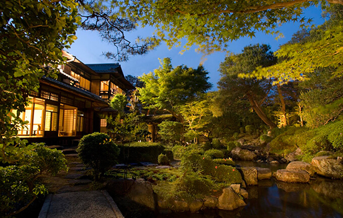 桜鶴苑(おうかくえん)